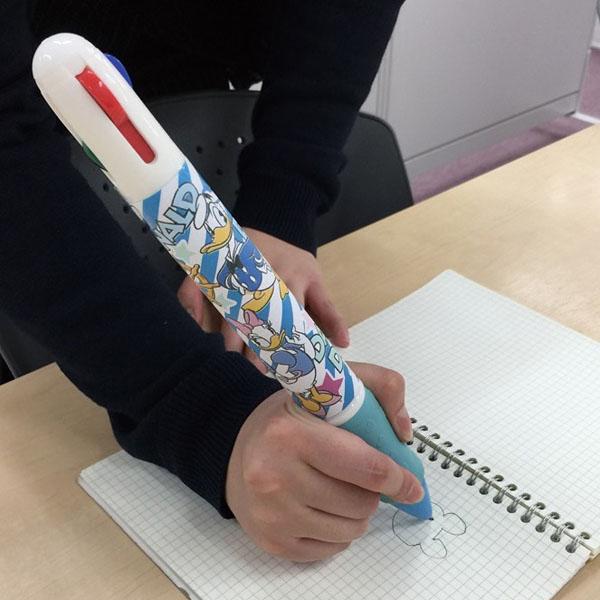 みんなのキャラクター4色BIGボールペン1本